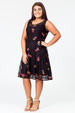 POSY FLOWER EMBROIDERED DRESS - black