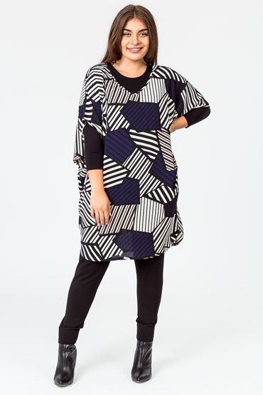 ABSTRACT VEE DOLMAN TUNIC