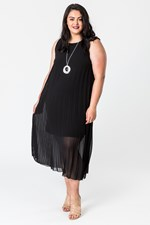 SUNRAY PLEAT DRESS - black
