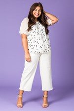 SCATTERED DAISY TOP - white