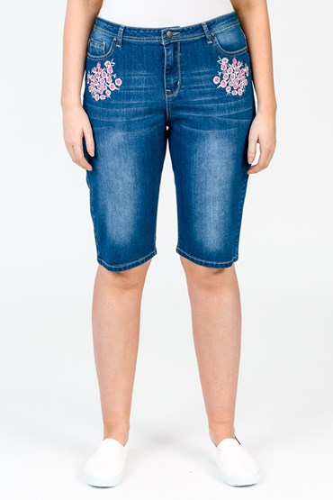 BLOSSOM EMBROIDERY SHORT