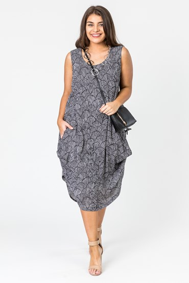 PRINT SIDE HITCH DRESS