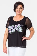 APPLIQUE FLOWER FRONT TEE - black